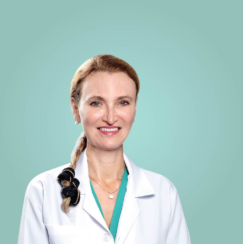 Dr. Gie Meyer - Consultant Plastic Surgeon