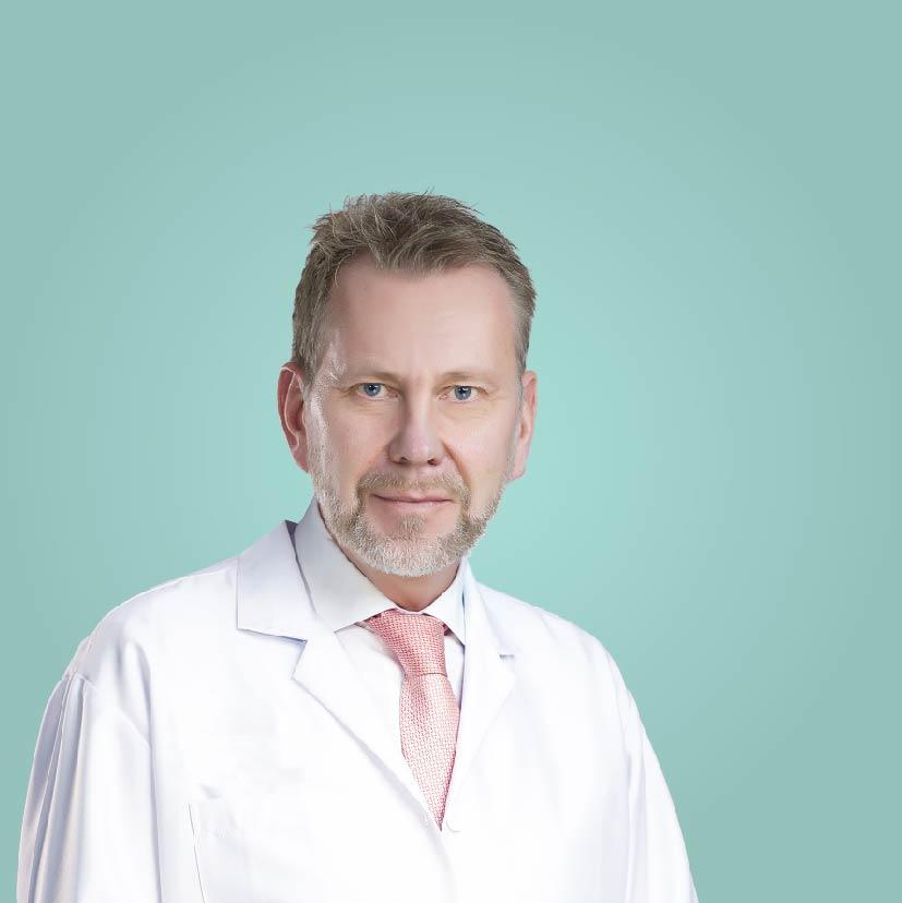 Dr. Goran Martin - Consultant Plastic Surgeon